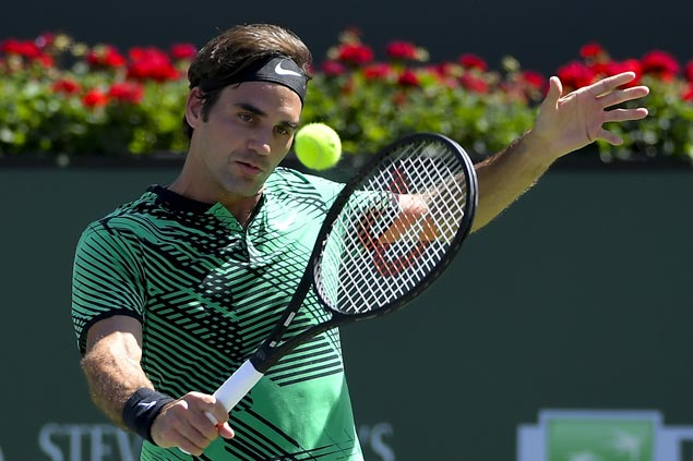 Roger Federer eyes 90th career title as he battles Stanislas Wawrinka in Indian Wells final