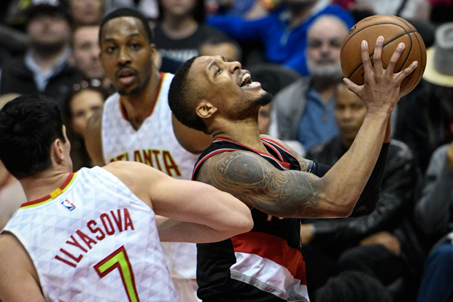 Blazers come up with 40-point first quarter and cruise to victory over Hawks