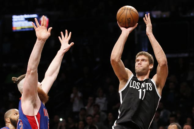 Brook Lopez jumper at the buzzer preserves Nets victory over Pistons