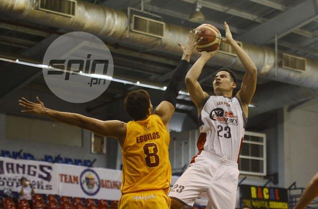 Ben Adamos repays coach Boyet Fernandez's faith with double-double performance