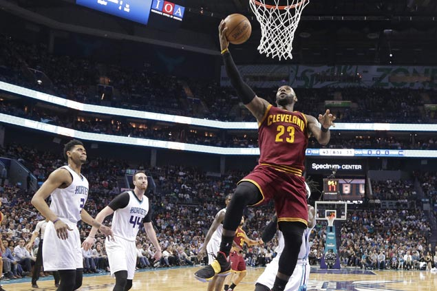 Cavaliers get back on track with big victory over Hornets