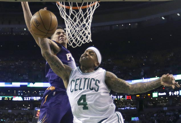 Celtics score wire-to-wire win over Suns, spoil 20-year-old Devin Booker's 70-point night