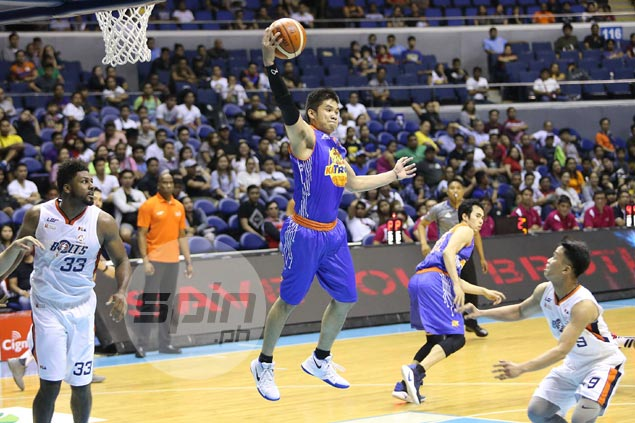 Roger Pogoy embraces challenge of playing point as TNT eases back Jayson Castro in return from injury