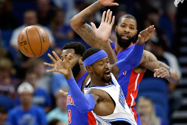 Terrence Ross leads balanced Magic offense in rout of slumping Pistons