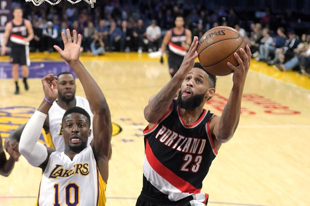 Blazers rip Lakers to extend winning streak to three