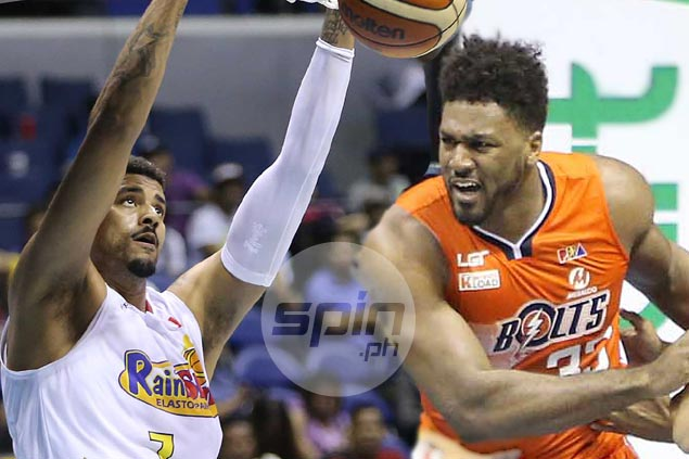 Meralco, Rain or Shine dispute solo lead in clash of in-form teams with dominant imports