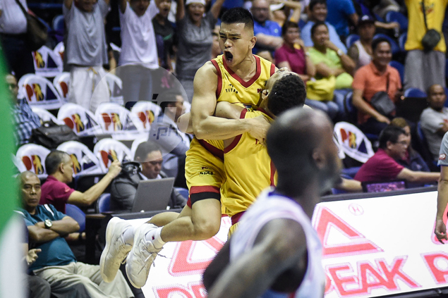 Star guard Jio Jalalon breaks NLEX heart with game-winning jumper at the buzzer