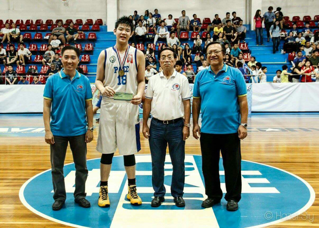 Geo Chiu, 6-foot-7, teaming up with Kai Sotto to give Ateneo a twin-tower frontline