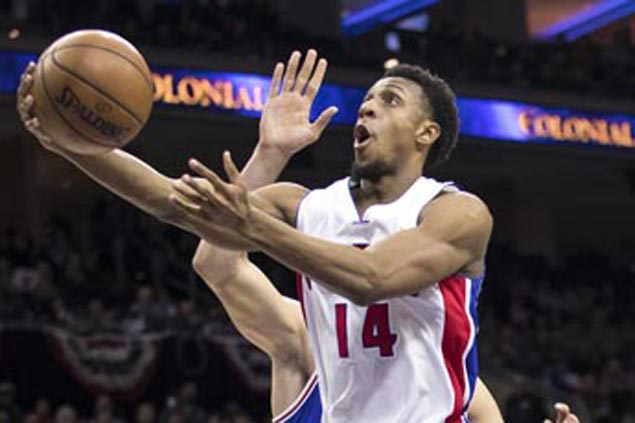 Ish Smith comes up clutch as Pistons edge Nets to break five-game slump, keep playoff hopes alive