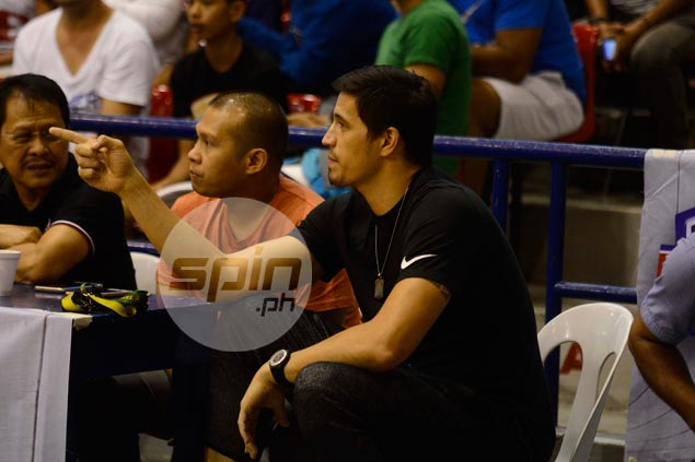 Healthy or not, Chito Victolero wants Marc Pingris by his side for Star's playoff run