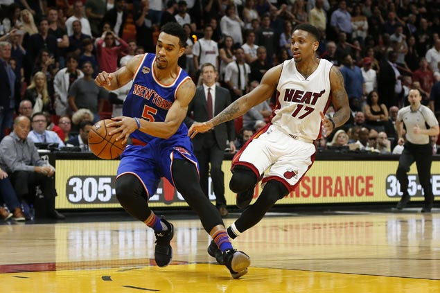 Porzingis, Lee take charge as Knicks side missing Melo and DRose overcome Heat