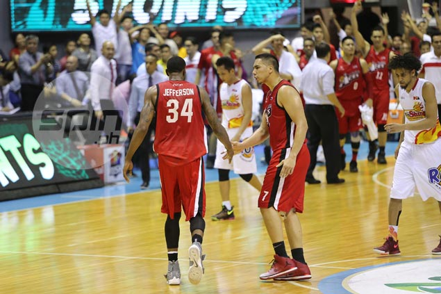 Alaska import Cory Jefferson shrugs off airball, eventually finds his range