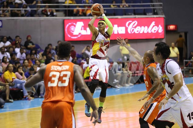 Arwind Santos ready to slide back to small forward position in import-laden conference