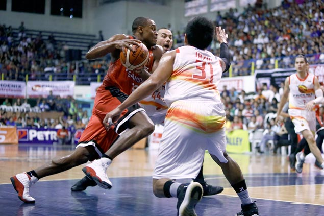 Cone admits Ginebra staff has to do better job of keeping Brownlee free from cramps