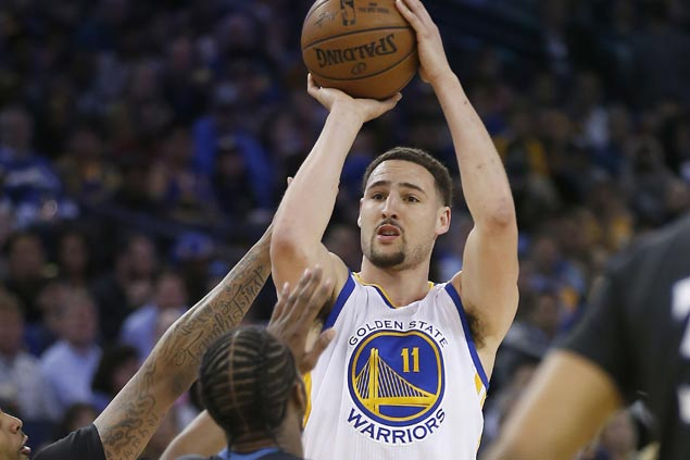 Klay Thompson scores 41, sinks seven triples as Warriors stretch streak to 12 with romp vs Wolves