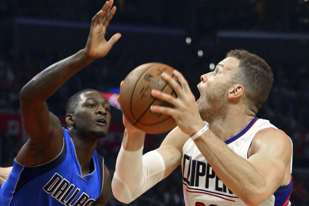 Clippers stretch streak to four with wire-to-wire win over Mavericks