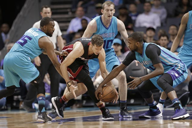 Heat defeat Hornets to end two-game skid and climb back above playoff cutline in East