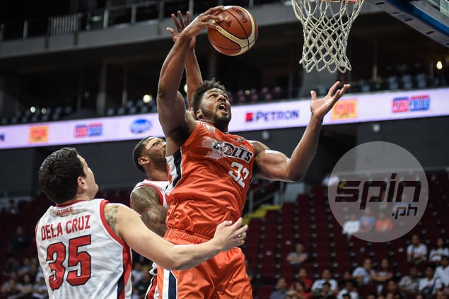 Alex Stepheson glad to have Baser Amer carry scoring load as Meralco import hoards the boards