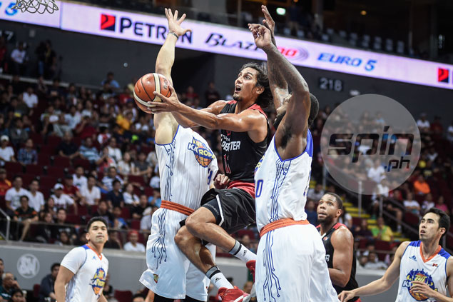 Alex Mallari hard on himself for letting Mahindra down with blunder of a play in the stretch