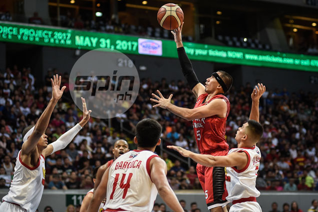 Headband a necessity but hardly a distraction as LA Tenorio flashes old form