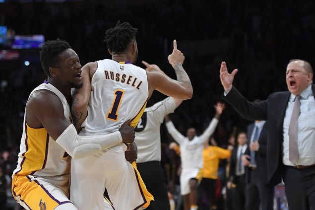 D'Angelo Russell sinks game-winning triple as Lakers edge Timberwolves for fourth straight win