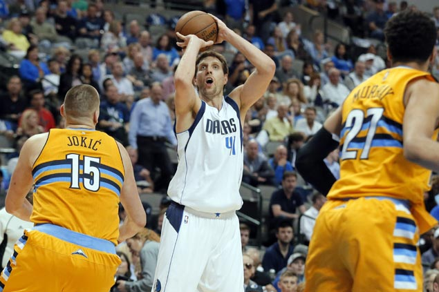 'Mav for life' Nowitzki hints at playing beyond 20th season as Dallas rebuilds with young core
