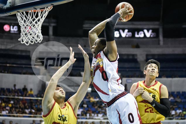 Charles Rhodes, Chris Ross show way as SMB holds off Star for third straight win