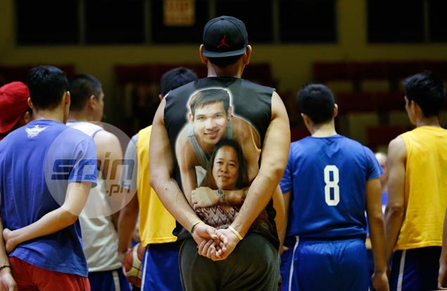 Self-confessed mama's boy June Mar Fajardo shows love for mom with T-shirt tribute