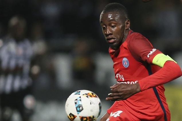 Blaise Matuidi scores injury-time winner as PSG downs Metz to keep pressure on Monaco