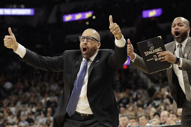 Grateful Grizzlies players offer to pay $30K fine after coach Fizdale 'stood up for us'