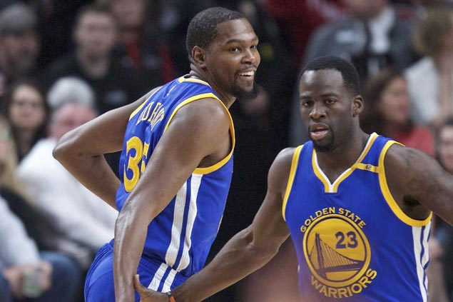 Energized by KD return, Warriors show might to complete sweep of Blazers