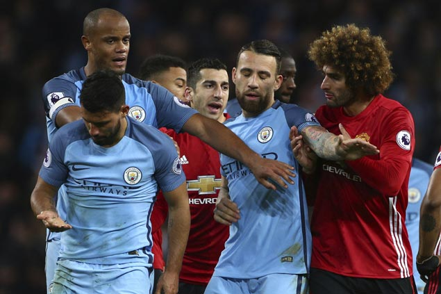 Fellaini sent off for headbutt but 10-man United holds City to scoreless draw in testy Manchester derby