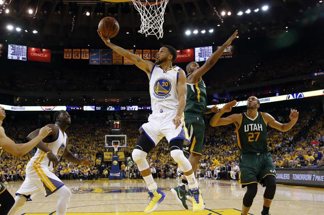 Warriors draw first blood with ease in rout of Jazz in West semis series opener