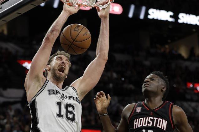 Spurs win big over Rockets to level series but face huge loss with scary injury on Tony Parker