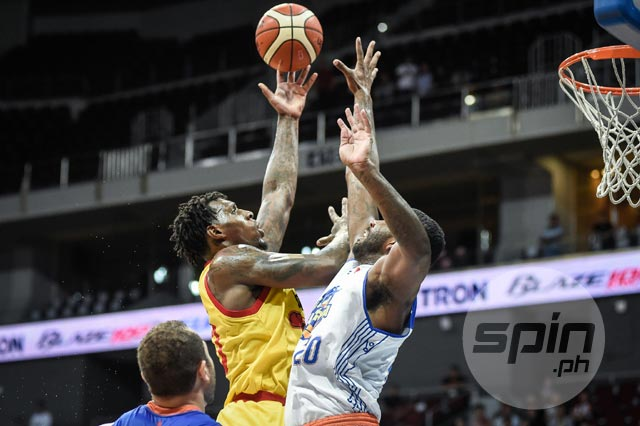 Ricardo Ratliffe proves quite a handful for TNT KaTropa as Star continues to roll