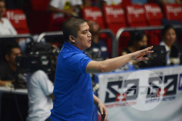 Pocari Sweat coach's frustration mounts as imports sit idly while waiting for FIVB green light