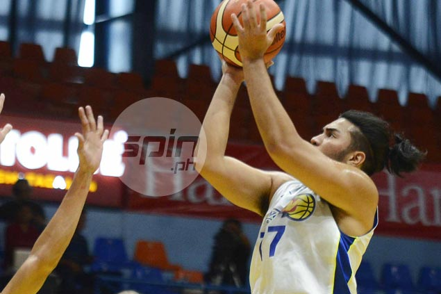 Gab Banal says he simply tried to fill gap after 29-point, 10-rebound game for Flying V