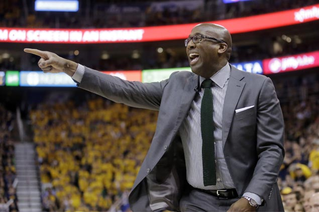 Mike Brown shares hilarious reason for arriving late after near arrest before Game 2