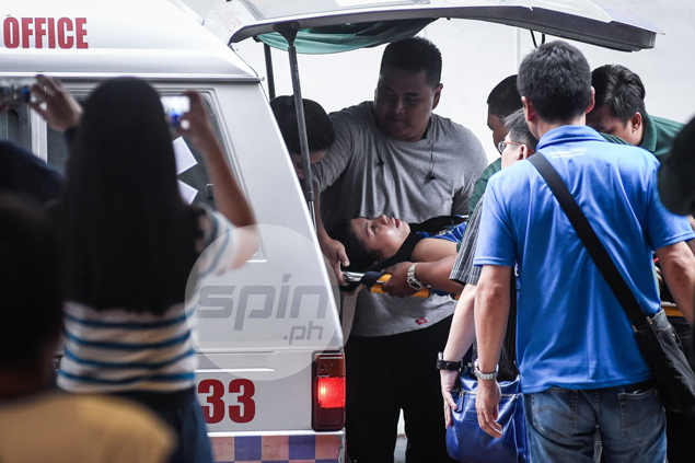 Pocari star Myla Pablo taken to hospital after suffering back injury in PVL game