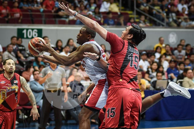 Ginebra regains composure in time to hold off San Miguel, clinch spot in PBA playoffs