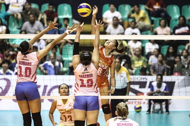 Pacres an unlikely hero as Power Smashers hold off Valdez-led Creamline in PVL