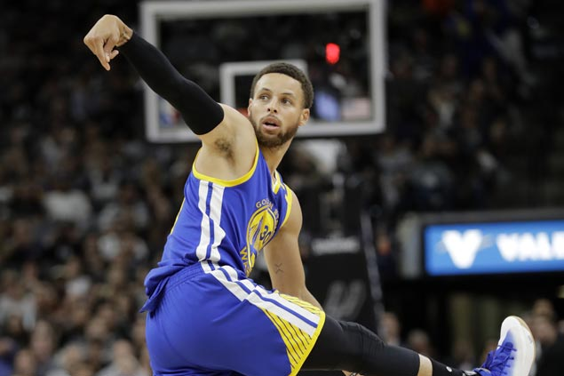 Warriors first-ever team to enter NBA Finals on a 12-0 playoff run after disposing of Spurs