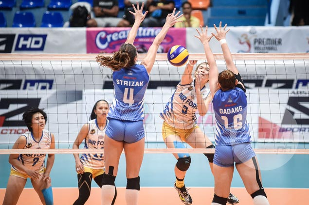 Patcharee Saengmuang stars as Air Force stalls Pocari Sweat's march to PVL semifinals