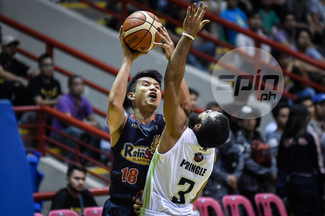 RoS coach Caloy Garcia explains why red-hot James Yap had to sit out in endgame