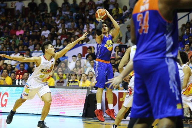 TNT KaTropa survives as James Yap-led Rain or Shine rally loses steam in the end