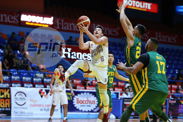 Paul Desiderio comes up clutch, hits go-ahead triple as UP deals FEU first loss
