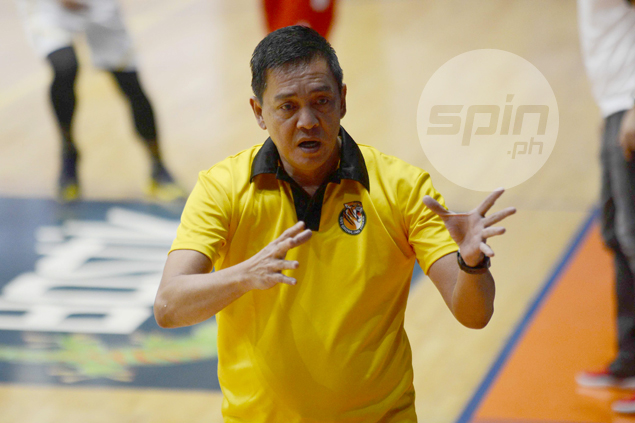 UST coach Boy Sablan refuses to dignify Bonleon claim: 'The truth will come out'