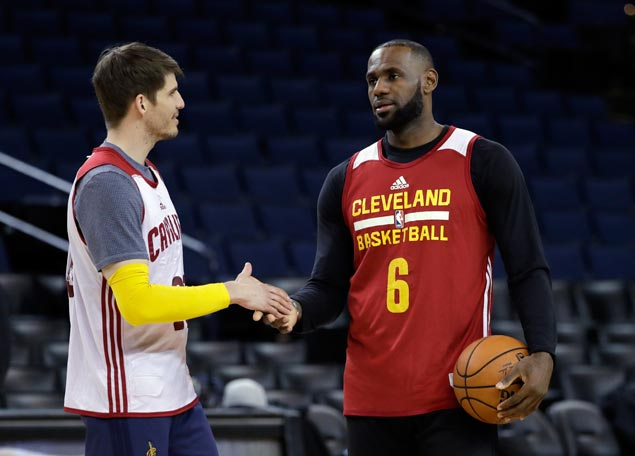 BY THE NUMBERS: Figures we need to keep in mind ahead of Cavs-Warriors title face-off