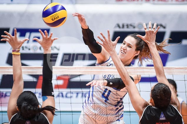 Pocari Sweat wallops Perlas Spikers to complete semis cast in PVL Reinforced Conference