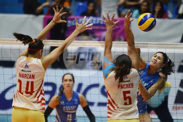 Pocari Sweat survives scare from Power Smashers to move a win away from Finals return